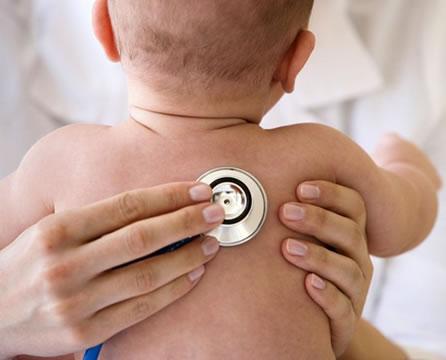 Böhm Asesores de Seguros - La bronquiolitis no tiene vacuna: prevenila con estos simples consejos